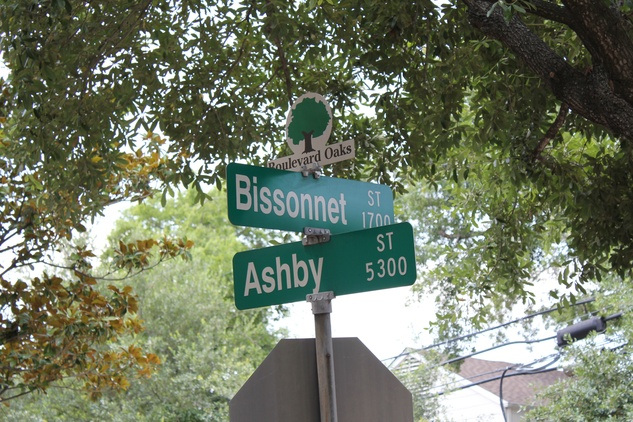 News_Ashby HighRise_Streetsign_Bissonnet_May 2012