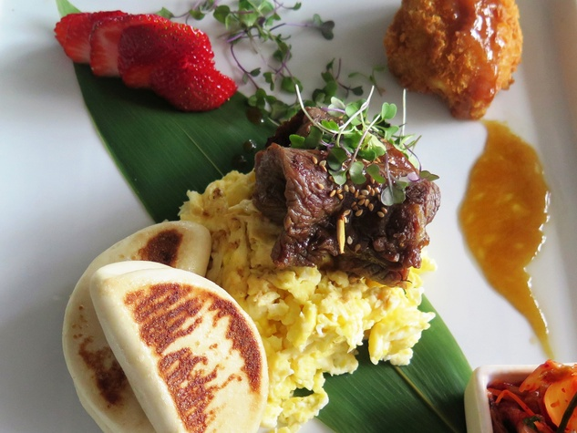 Nara brunch June 2014 galbi (Korean short ribs) and scrambled eggs + kimchi, toasted buns & Katsu-fried green tomato with bulgogi reduction