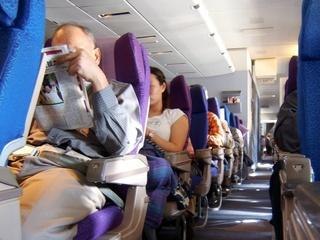 News_airplane_crowded_seats