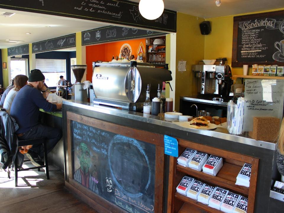 Thunderbird Coffee_Manor_interior