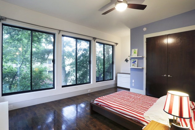 15 On the Market 734 E. 8th St. Houston Heights March 2015