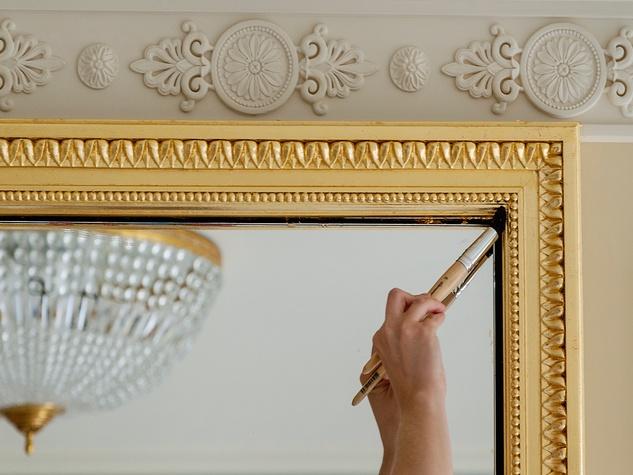 News, Ritz Hotel Paris, artisans, Jan. 2016