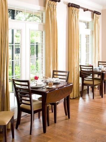 News_La Maison_bed and breakfast_breakfast room