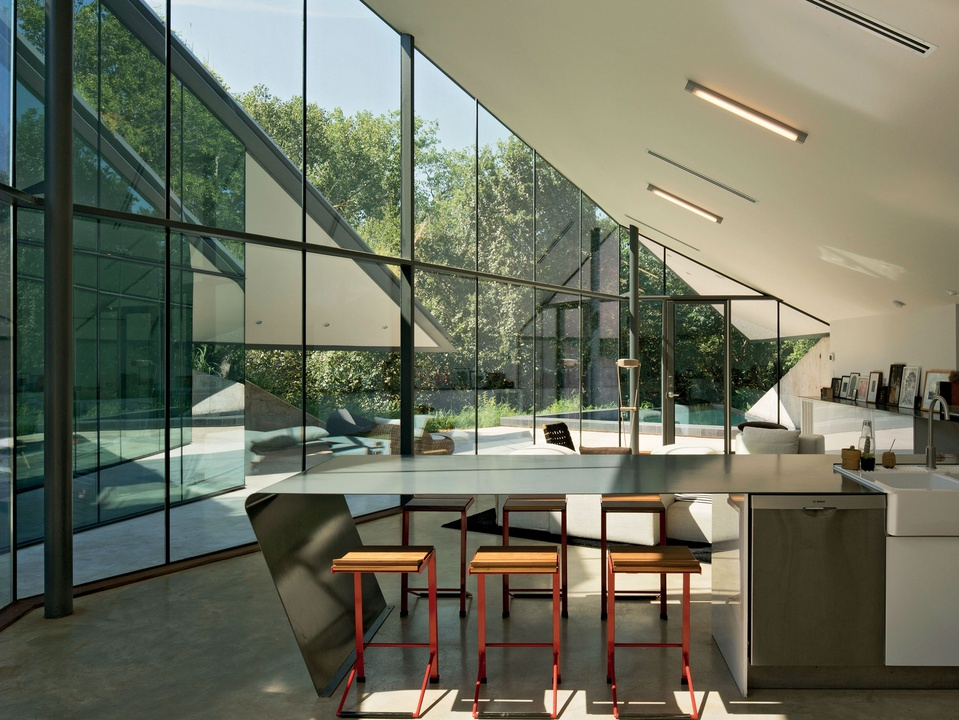 """Edgeland House from """"Retreat: The Modern House in Nature"""""""