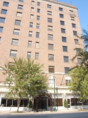 Places-Hotels/Spas-Alden Hotel-facade