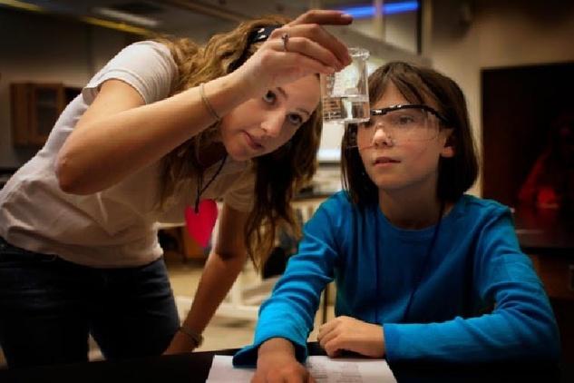 Austin Photo: News_Ray Almgren_STEM education_January 2013_girls science