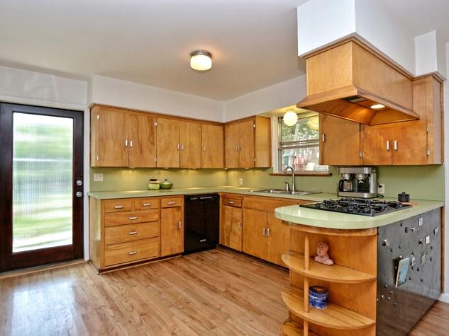 2808 Pickwick Austin house for sale kitchen