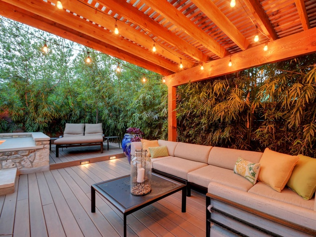 1612 Bauerle Ave Austin house outdoor living