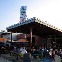Austin_photo: places_food_amys_ice_cream_exterior