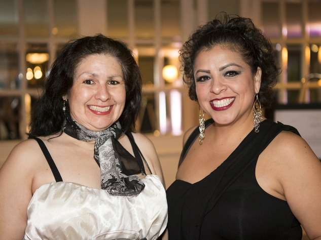 Carmen Solis, Cindi Mendez