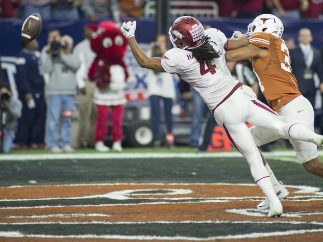 Arkansas reach Texas Bowl