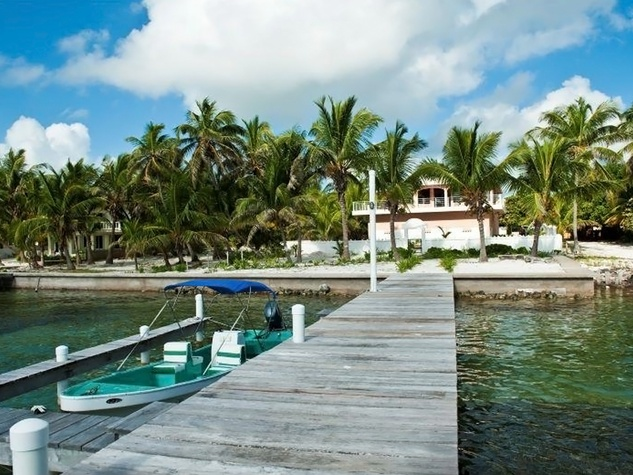 Belize Sotheby's International Realty Tres Cocos San Pedro Town $1.5