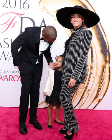 Jay Z, Blue Ivy and Beyonce at CFDA Awards
