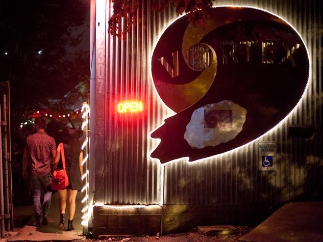 Tyler Pratt Laurie Gallardo Interview Butterfly Bar The Vortex Austin 011
