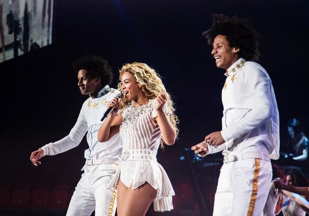 Beyonce concert white