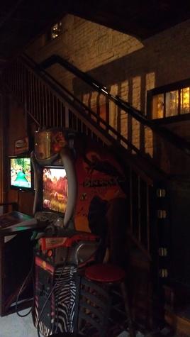 Austin Photo Set: News_Shannon_haunted bar crawl_oct 2012_1