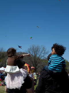 Austin Photo Set: News_Jessica Pages_kite festival_march 2012_7