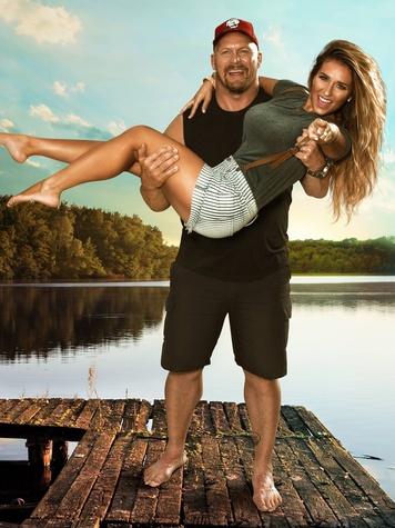 Redneck Island hosts Steve Austin and Jessie James Decker December 2014
