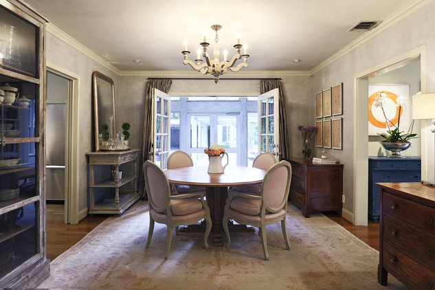 On the Market 2107 Looscan September 2014 THIS dining room