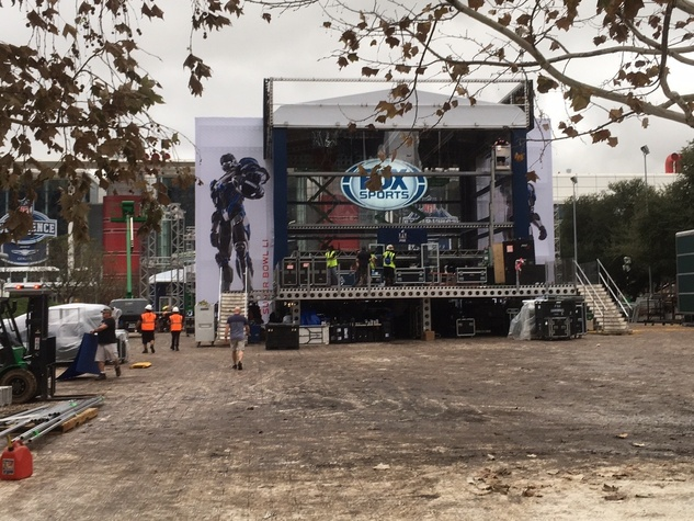 Fox Sports Super Bowl construction in Discovery Green