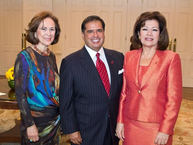 Houston A+, October 2012, Franelle Rogers, Roberto Gonzalez, Irma Gonzalez