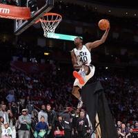 Jeremy Evans slam dunk