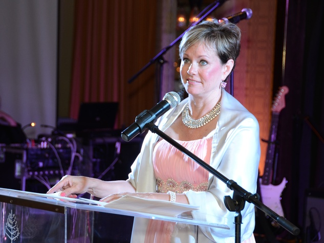 171 Paula McDonald at the Pink Door Gala November 2013