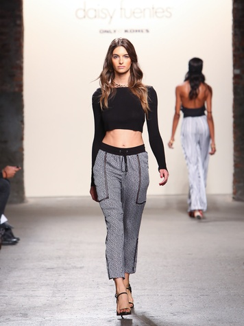 Fashion Week spring summer 2014 Daisy Fuentes Look 10