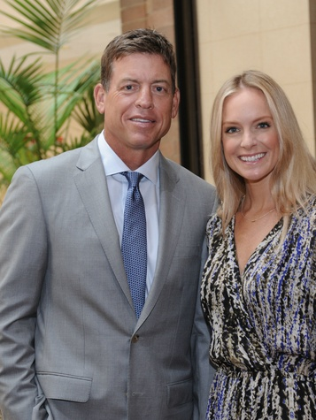 Troy Aikman and Guest, united way luncheon