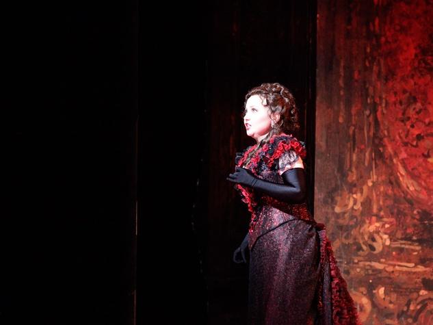 News_Joseph Campana_Houston Grand Opera_Traviata_Violetta Valery played by Albina Shagimuratova