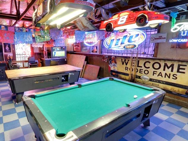 1 Blanco's Bar & Grill pool tables