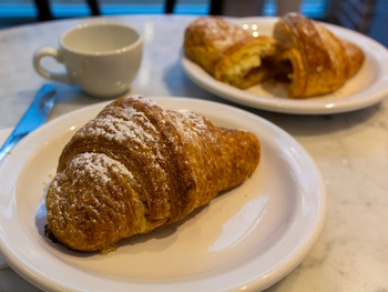 This $2.50 apple croissant has to be one of the best deals in Dallas
