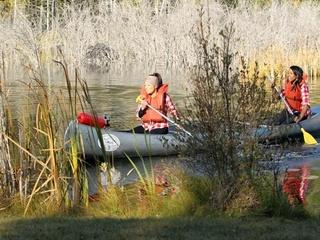 Girls go canoeing on the Bachelor
