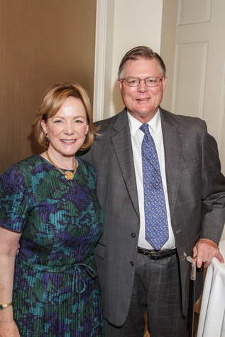 Sarita and Bob Hixon at the Hospice Spirit Award dinner October 2014
