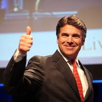 News_Rick Perry_thumbs up