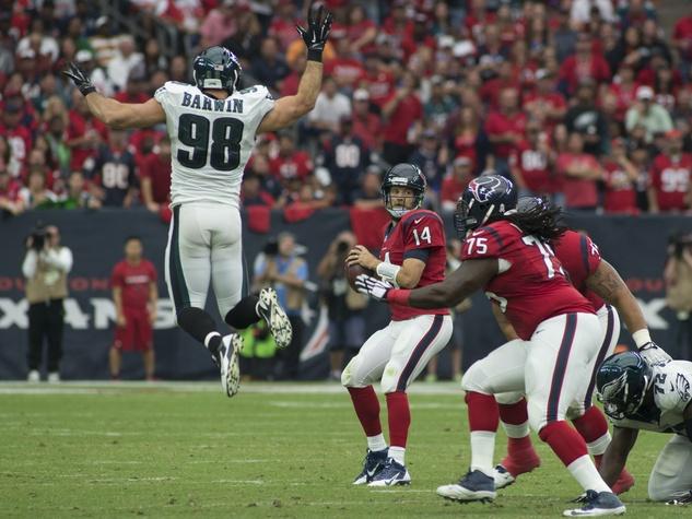 0010_Texans vs. Eagles first half November 2014 Eagles 98 Connor Barwin mid-air.