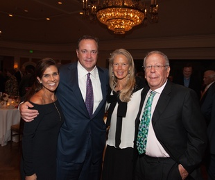 News, Shelby, Hospice Dinner, Oct. 2015, Janice Brown, Tad Brown, Liz Brown, Leslie Alexander