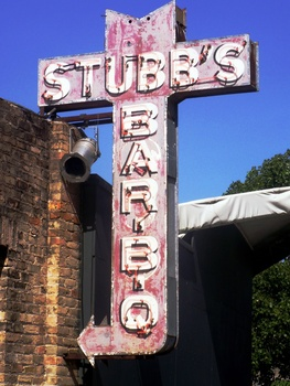 Austin Photo: Places_Food_Stubb&#39;s_BBQ