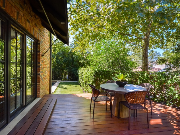1625 Watchhall Austin house for sale deck