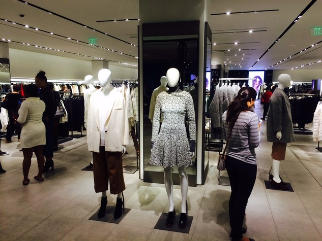 Zara interior women's department Galleria store