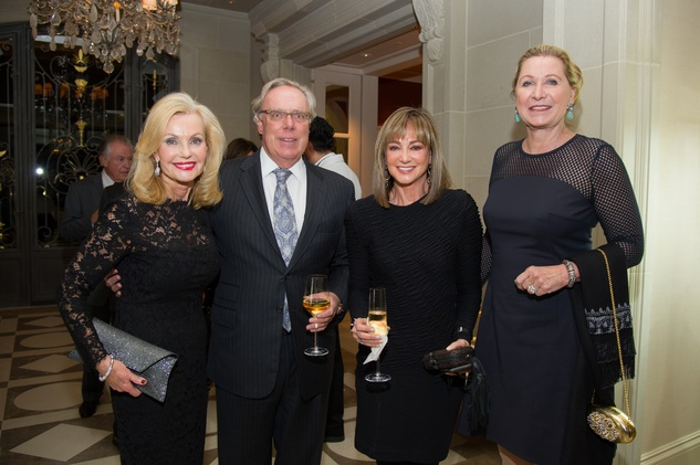 7 Pat Breen, from left, Mike Linn, Janet Gurwitch and Carol Linn at the Zadok jewelry dinner October 2014