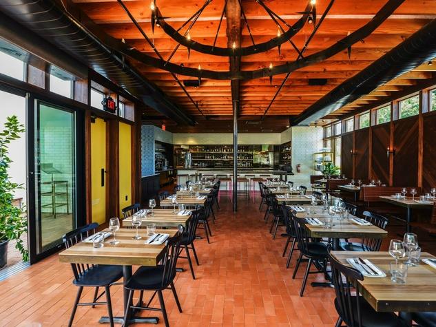 Bullfight Austin tapas restaurant Airport Boulevard Shawn Cirkiel interior Michael Hsu 2015