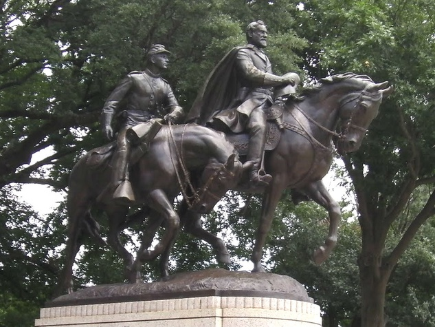 Dallas officials vote to remove Lee statue from city park