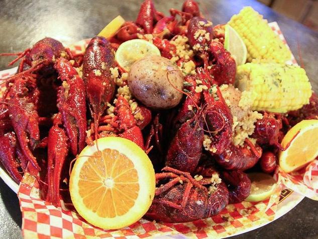 Wild Cajun Restaurant crawfish mudbugs corn on the cob