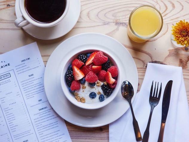 Bakery Lorraine breakfast