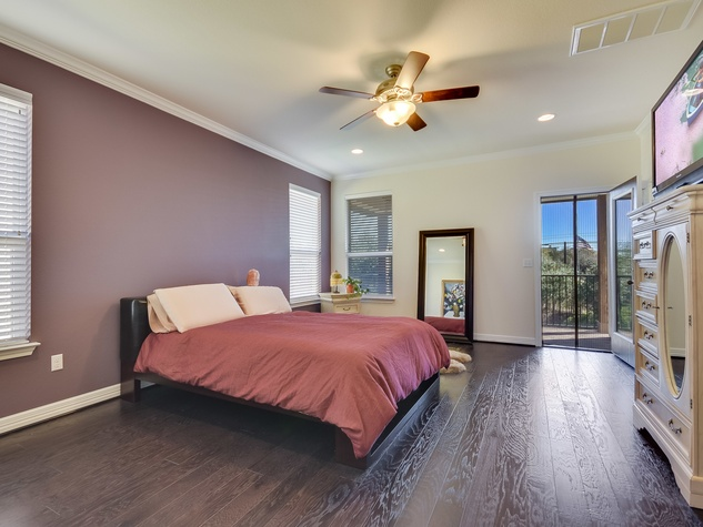 12312 Terraza Austin townhouse for sale master bedroom