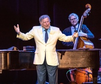 Houston, Tony Bennett live at Smart Financial Center, March 2017, Tony Bennett onstage