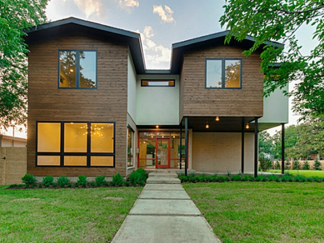 9637 Lakemont Dr. in Dallas