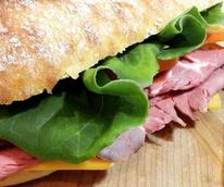 Lox Box and Barrel Austin restaurant deli roast beef sandwich