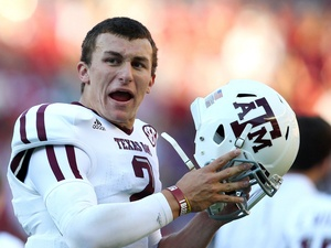 Did Johnny Manziel get kicked out of a University of Texas frat party?